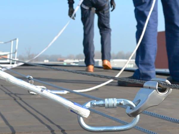Montaggio-sistemi-sicurezza-tetto-Parma